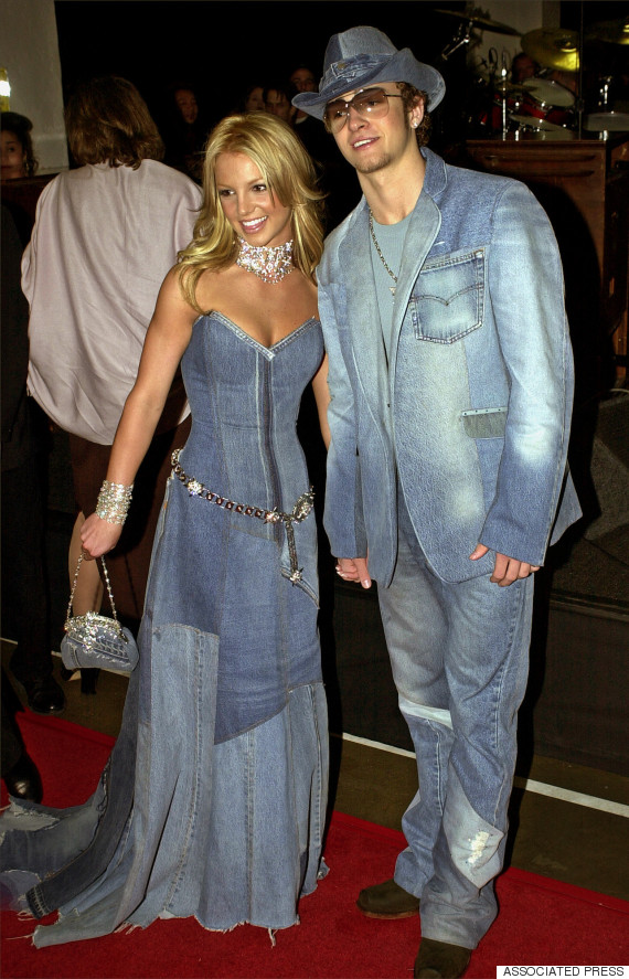 blake lively and ryan reynolds wearing britney and justin 39 s denim outfits is our new favorite. Black Bedroom Furniture Sets. Home Design Ideas