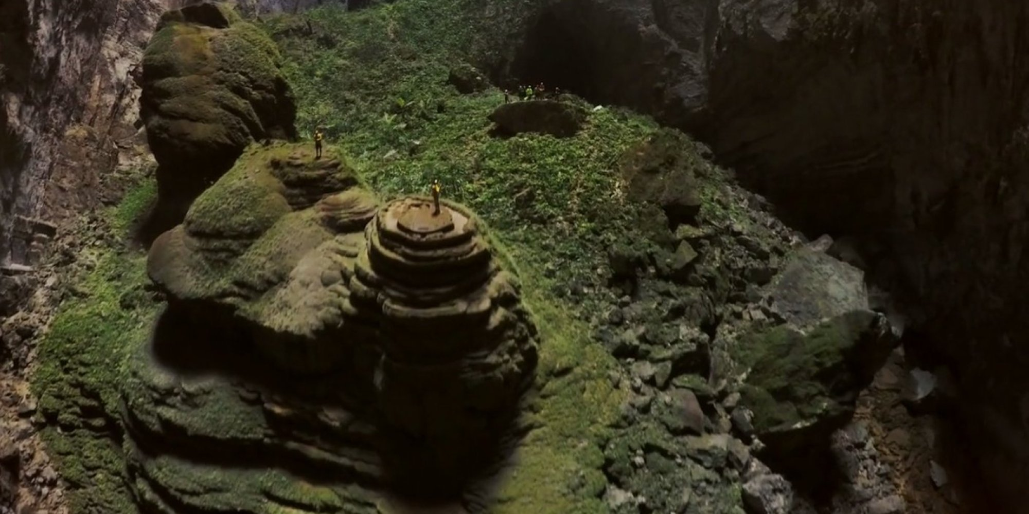 Drone Captures Jaw-Dropping Footage Inside Hang Son Doong, The World's ...