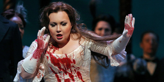 lucia di lammermoor dessay Lucia di lammermoor is a psychological drama about inner and but lucia is in love with natalie dessay and anna netrebko have shone in the well-known.