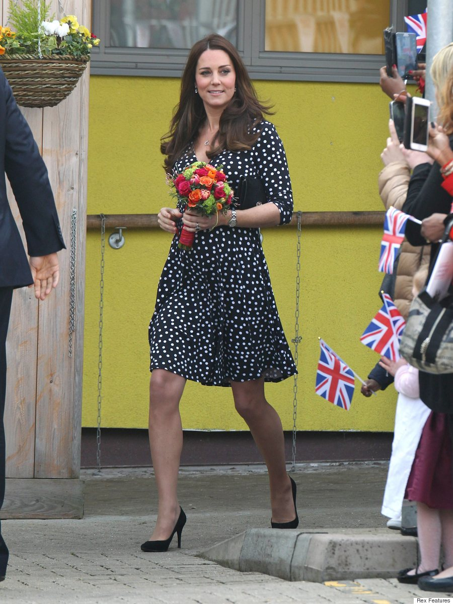 Kate middletons asos dress sells out in minutes after childrens kate middletons asos dress sells out in minutes after childrens centre visit ombrellifo Image collections