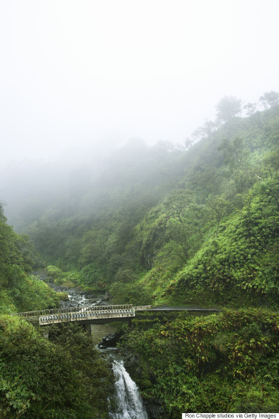 road to hana bridge