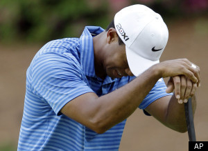 Tiger Woods Drops Rankings