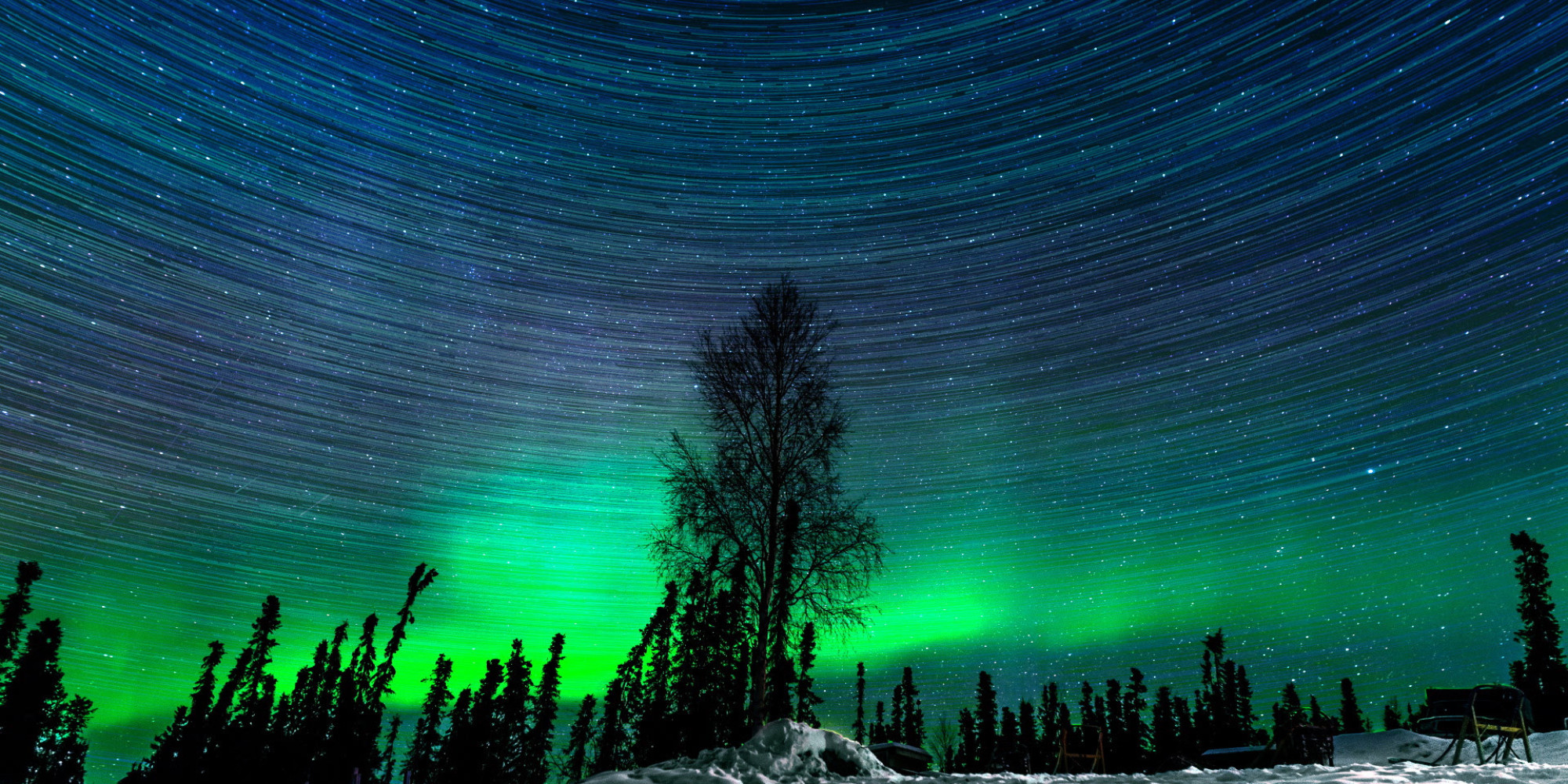 Hypnotic Northern Lights Time Lapse Captured Over 2