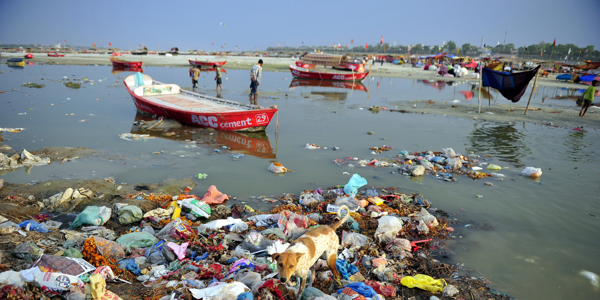 river water pollution in hindi Waste generated, due to daily activities of the people living in the houses, are  also thrown into the rivers which leaves the river's water highly polluted if we  have.