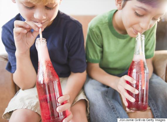 kids drinking soda
