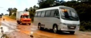 BRAZILIAN BUS SINKHOLE