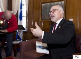 Budget provincial: pas de souliers neufs pour le ministre Leitão