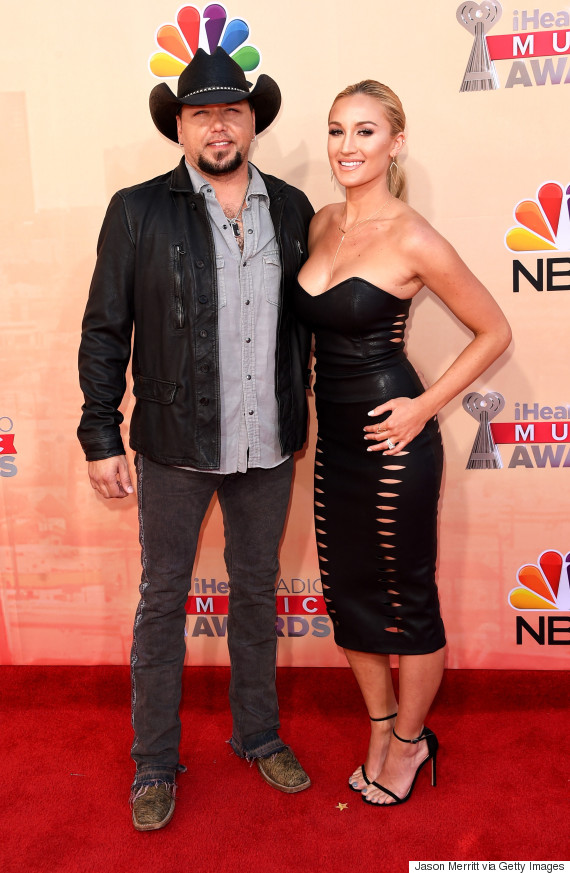 Jason Aldean Amp Brittany Kerr Make Debut As Married Couple