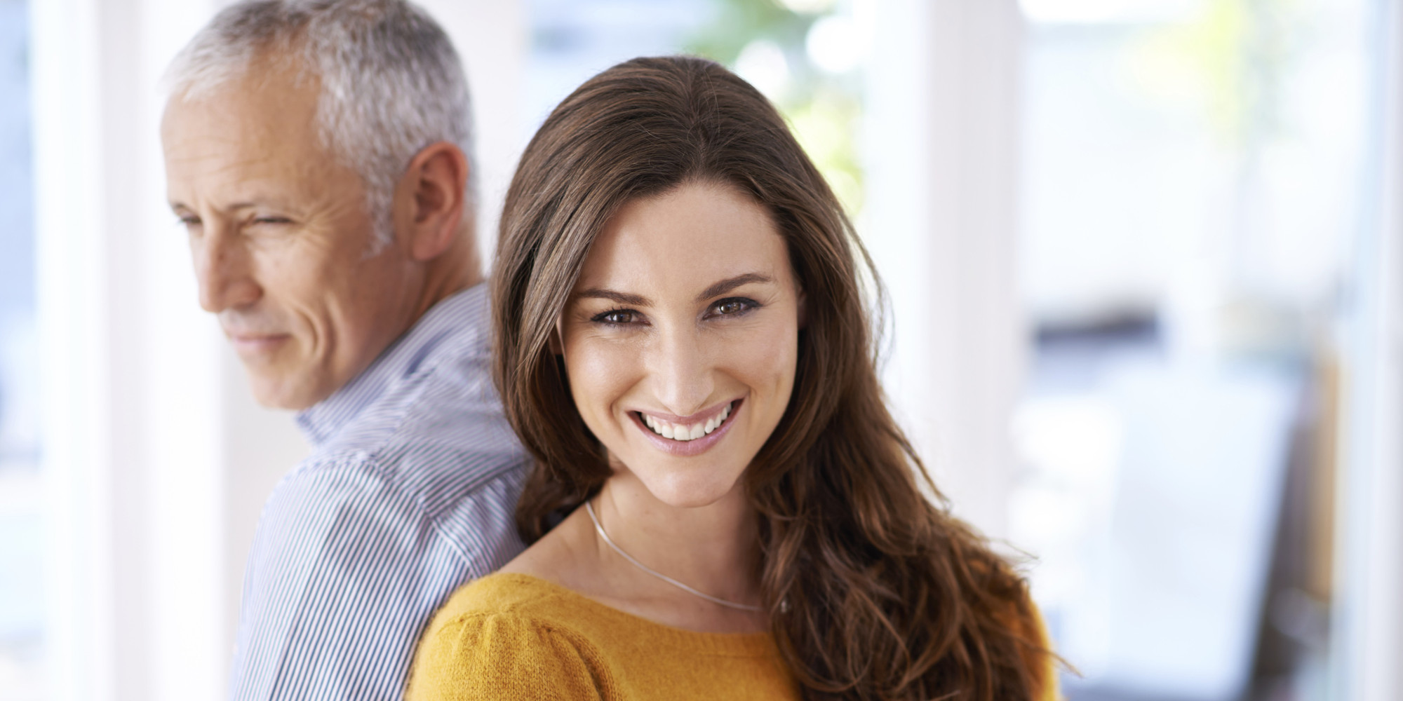 advantages dating an older man Learn about the positives and negatives of dating cougar women art older women dating younger men is a relatively a younger man-older woman relationship.