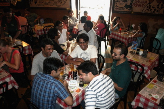 cafe mondegar mumbai maharashtra na índia