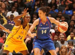 WNBA Thursday: Exclusive With Nicole Powell