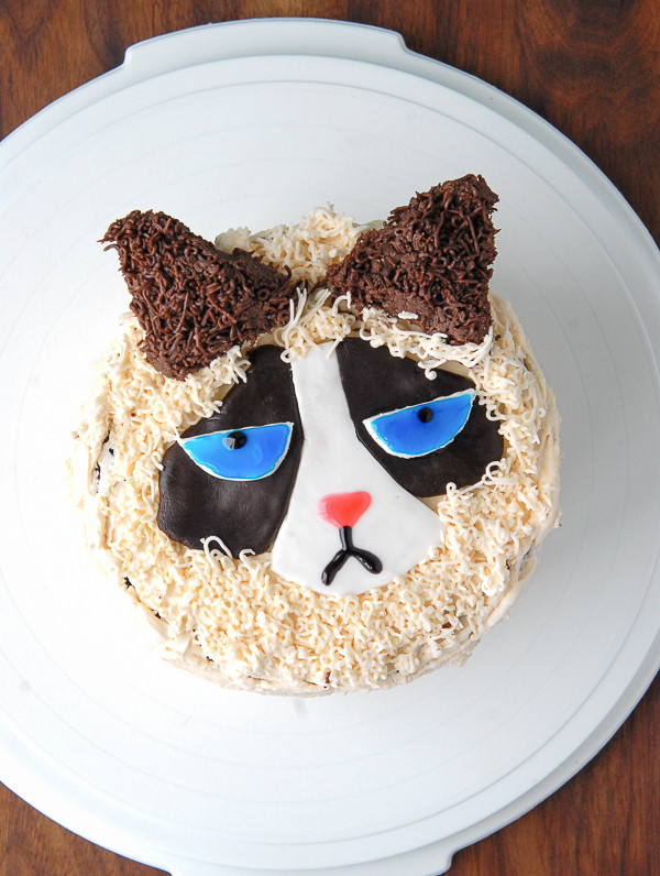 Bake Your Own Damn Grumpy Cat Cake And Then Eat It HuffPost
