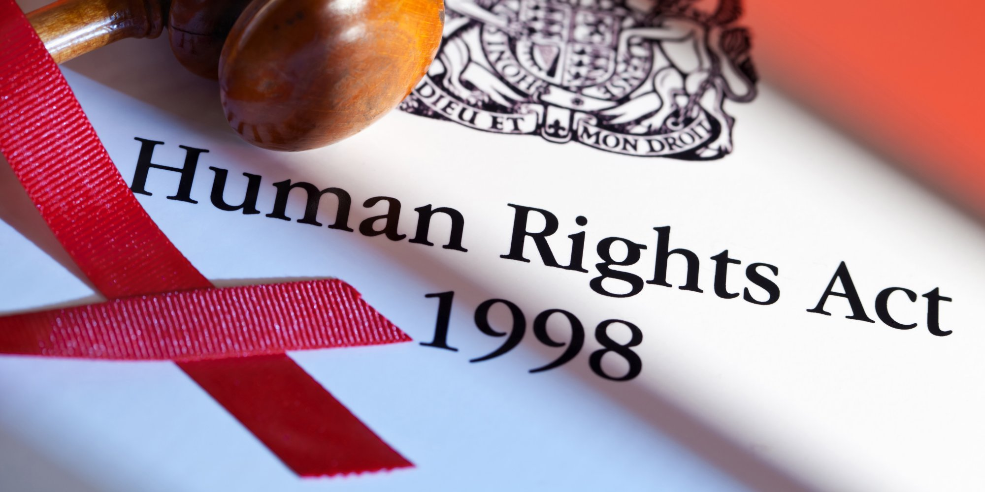 human acts The human rights act is a uk law passed in 1998 it lets you defend your rights in uk courts and compels public organisations – including the government, police and local councils – to treat everyone equally, with fairness, dignity and respect.