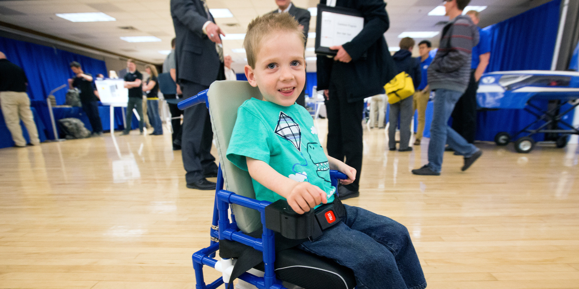 Power wheelchair kids - Toddlers With Muscle Disease Get Tiny Wheelchairs So They Can Just Be One Of The Kids Huffpost