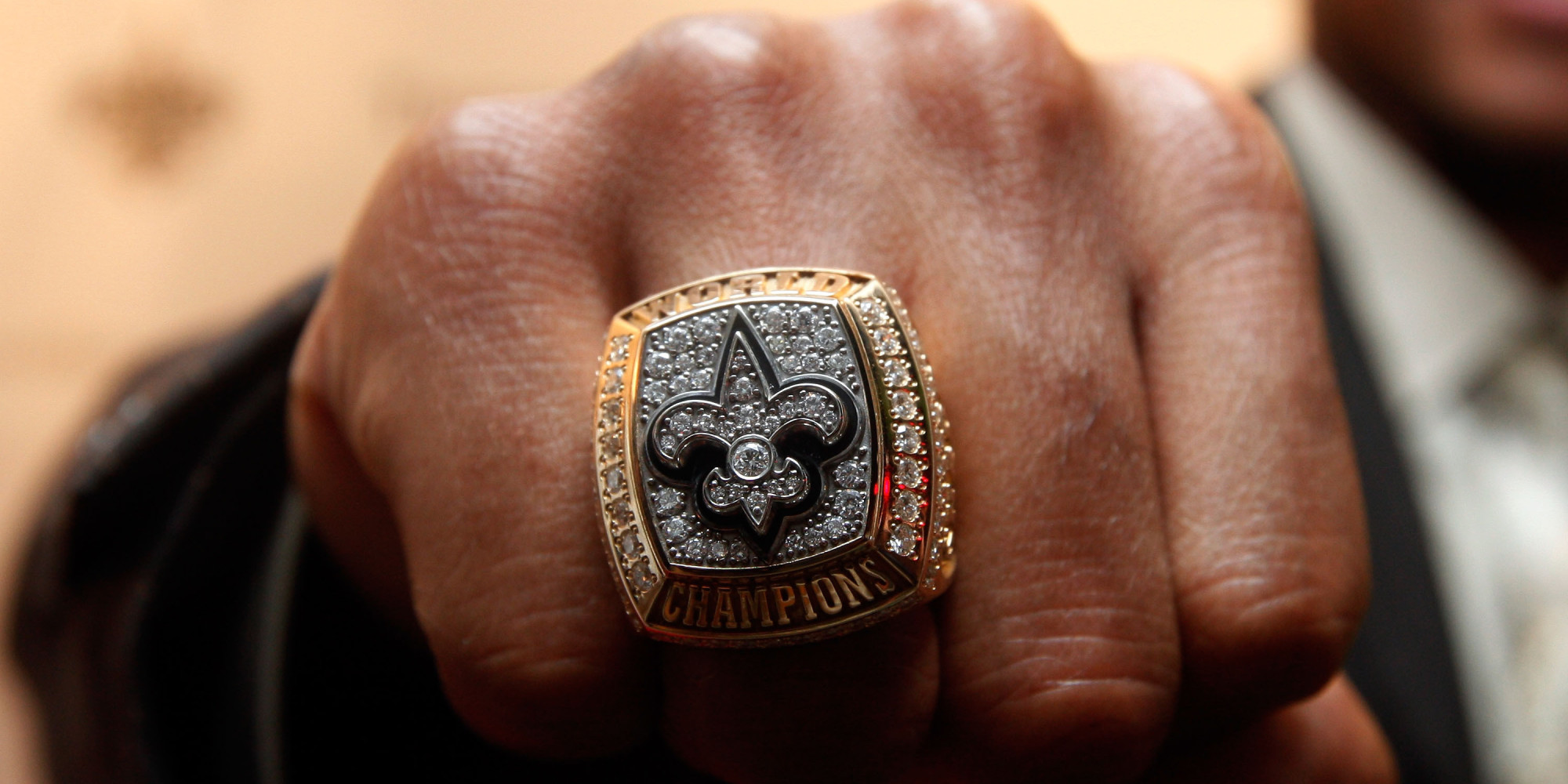 Here's How To Buy A Super Bowl Ring On Craigslist, According To An Expert   Huffpost