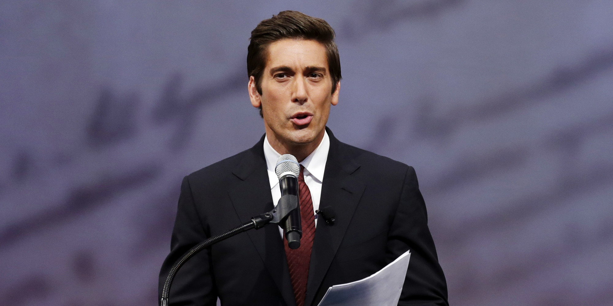 abc news u0026 39  david muir finally addresses brian williams