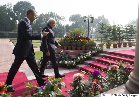 obama walking meeting