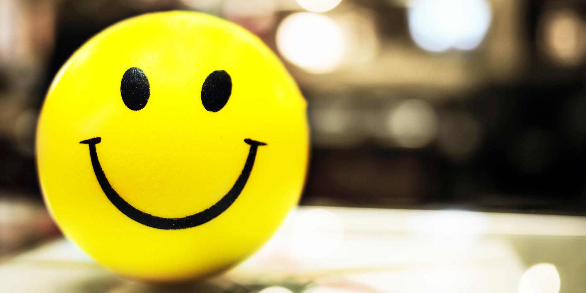 http://i.huffpost.com/gen/2828084/images/o-SMILING-facebook.jpg