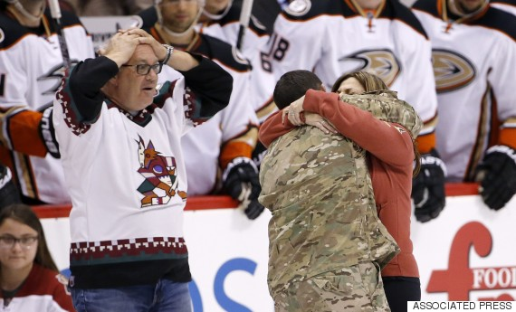 Coyotes Shock Family With Soldier Son, And It's Amazing (video)