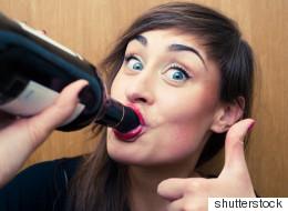 13 signes que vous devriez ralentir l'alcool