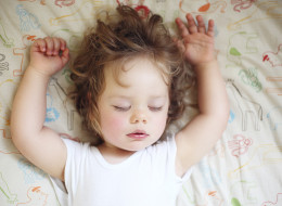 Toddlers' Sleep Problems Tied To Behavior Issues Later