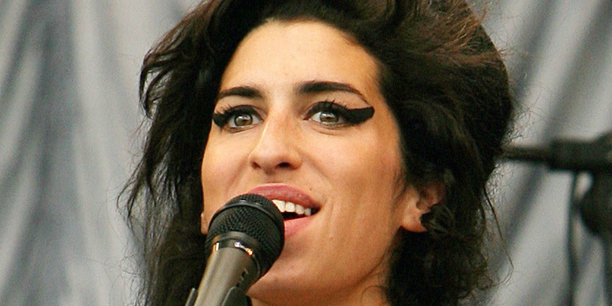 Famous pop singers who died in 2015 for House music singers