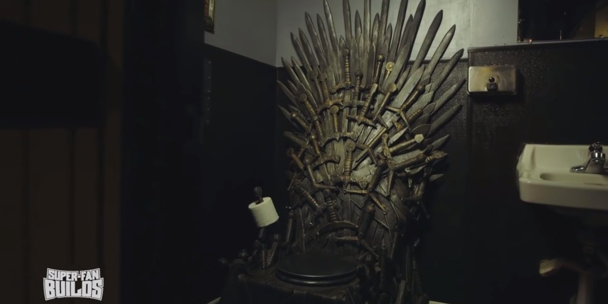 39 game of thrones 39 toilet is perfect for those who rule