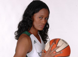 WNBA Thursday: Swin Cash Spills The Secrets To The Huskies Winning Streak