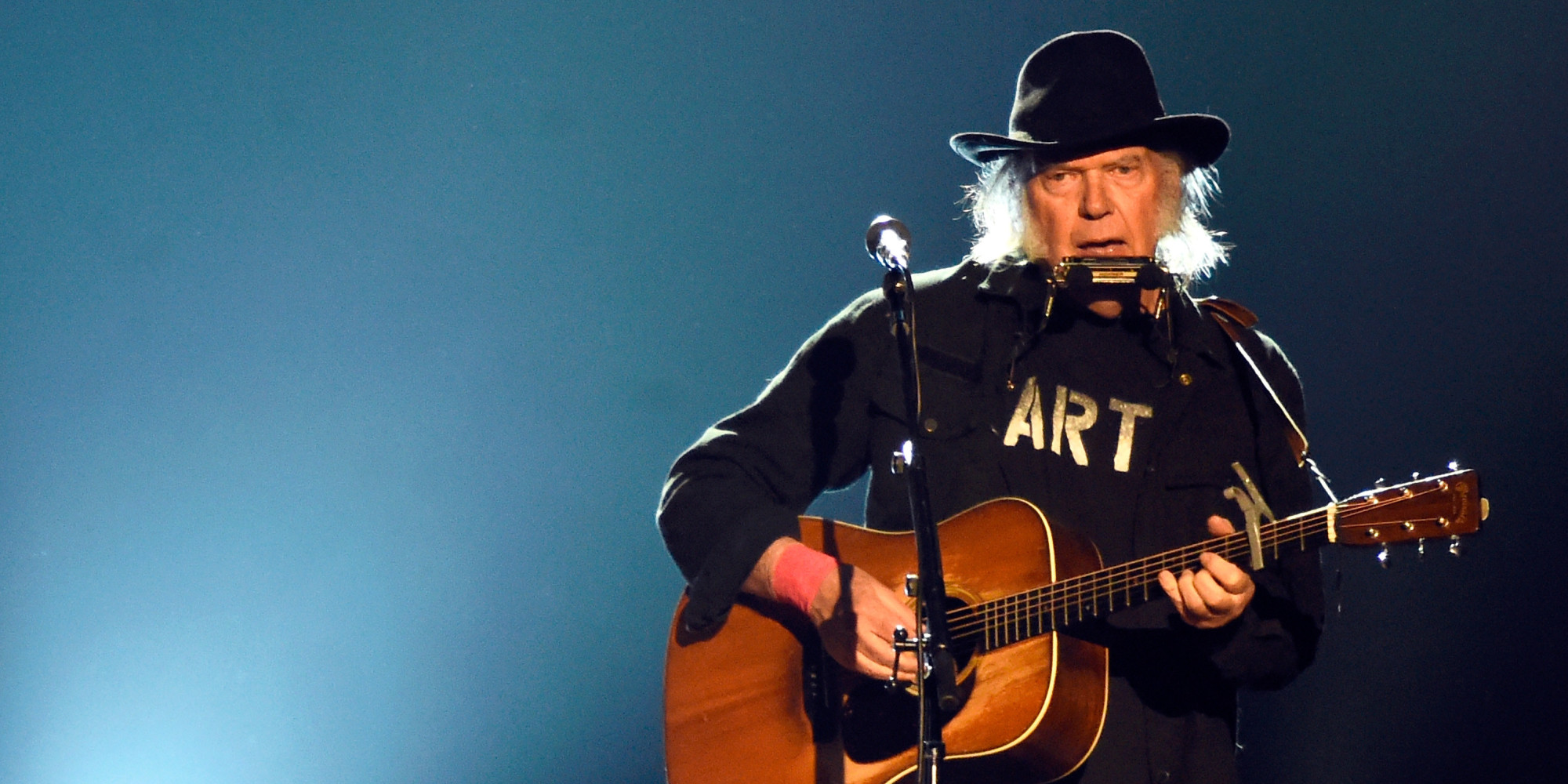 Neil Young Is Recording An Album About Monsanto | The Huffington Post