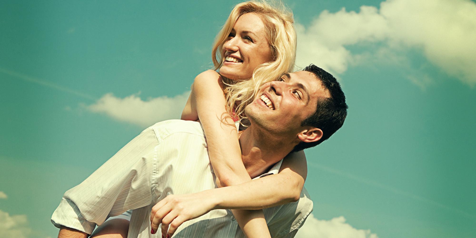 L 39 amicizia rafforza l 39 amore secondo la scienza le - Persone che fanno l amore in bagno ...