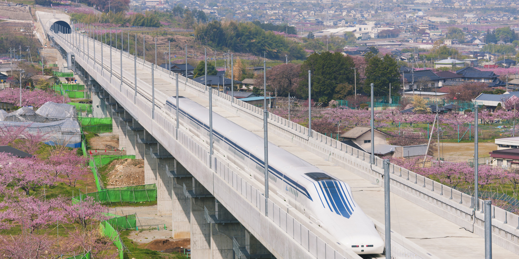 How Is The Maglev Train Able To Travel So Fast