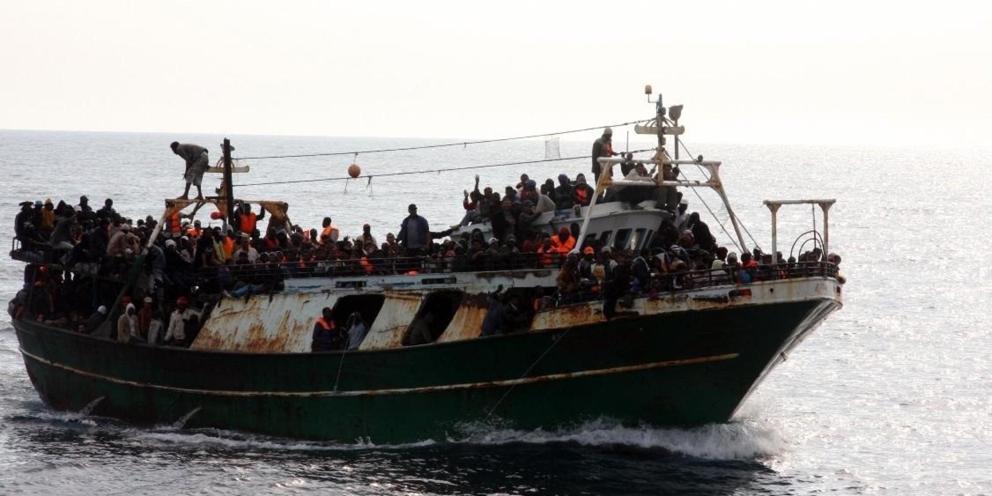 Elicottero Sinonimo : Libia bombe sui barconi tutti i ministri in tv si