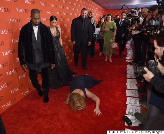Amy Schumer Pranks Kimye On Red Carpet At The Time 100 Gala | HuffPost