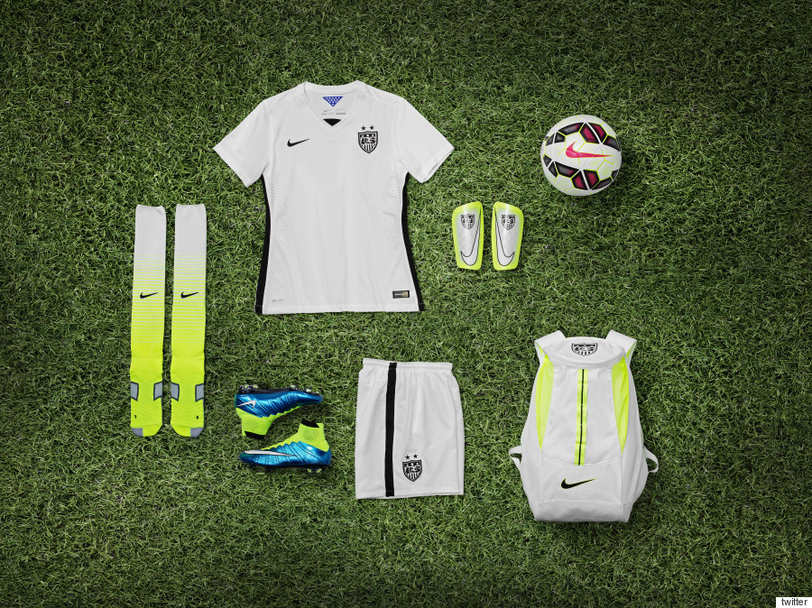 Nike Uses 18 Recycled Plastic Bottles To Make Each New Uniform For ... d6c4f2e7c