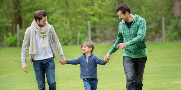 Ομόφυλες οικογένειες: οι προβληματισμοί και η έρευνα