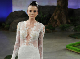 9 Sexy Wedding Dresses For Daring Brides Only