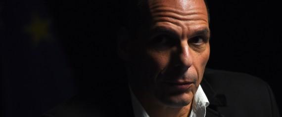 Reuters: Απολύτως απομονωμένος ο Βαρουφάκης στο Eurogroup. Οι υπουργοί έτρωγαν και εκείνος περιπλανιόταν μόνος στο ξενοδοχείο
