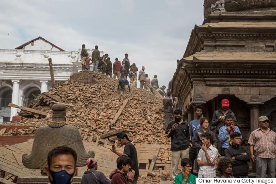 nepal search earthquake