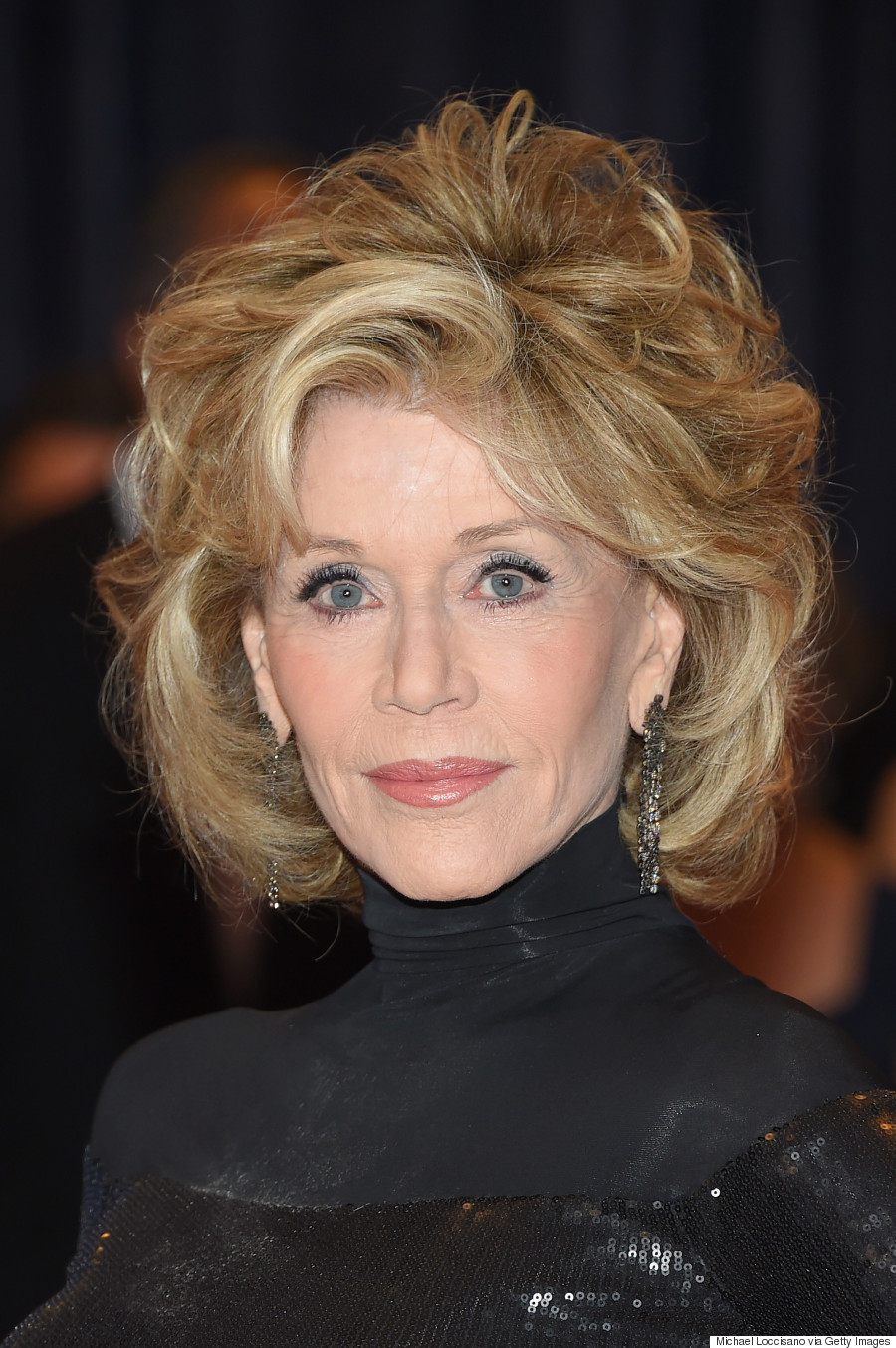 Jane Fonda Stuns In Slinky Black Dress At White House Correspondents Association Dinner