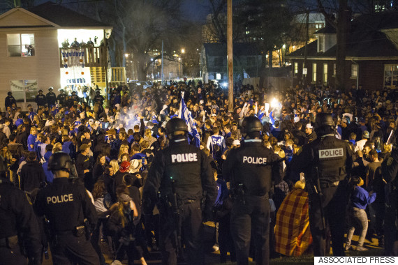 kentucky fans gathered lexington