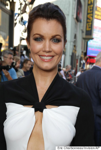 bellamy young pregnant