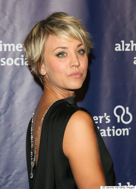 Kaley Cuoco S Hair Is Long Again Thanks To Extensions