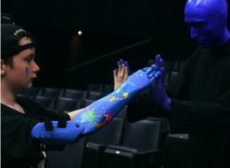 Blue Man Group Surprises Fan With A 'Pretty Awesome' 3D-Printed Robotic Arm