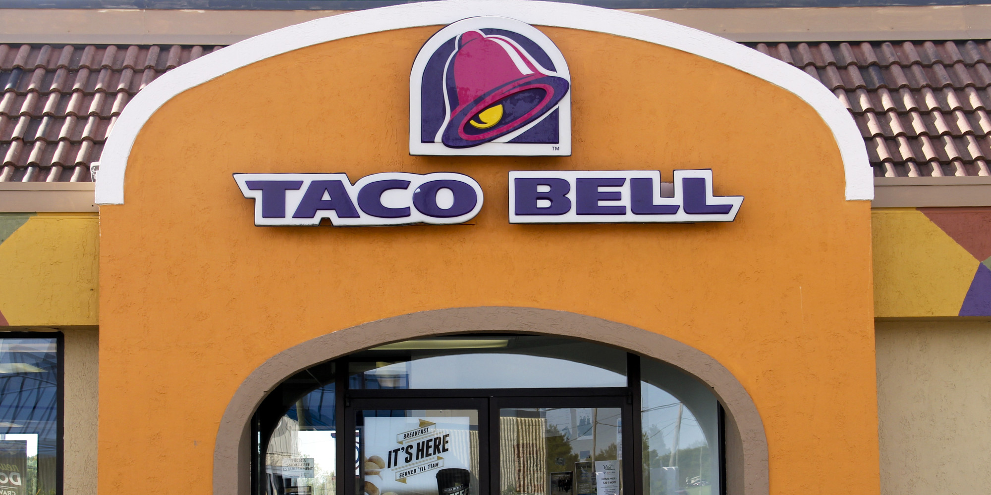 Here's How To Get A Free Biscuit Taco From Taco Bell On ...
