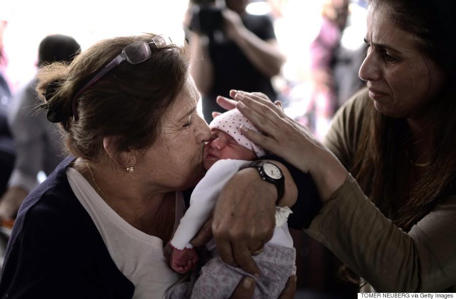 israeli women with baby