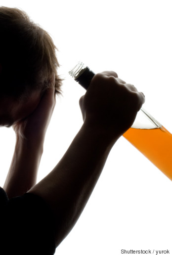 alcoholism in the military Studies show that there is a strong relationship between ptsd and sud, in both civilian and military populations, as well as for both men and women.