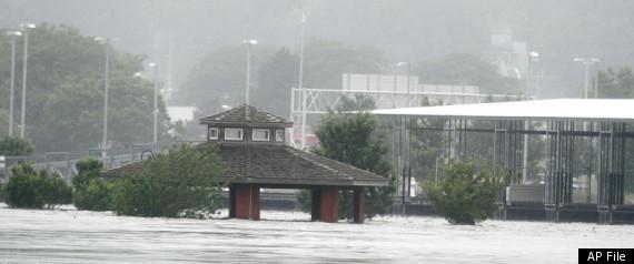 MISSOURI RIVER FLOODING LEVEES FAIL