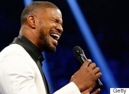 Was Jamie Foxx's National Anthem Really THAT Bad?