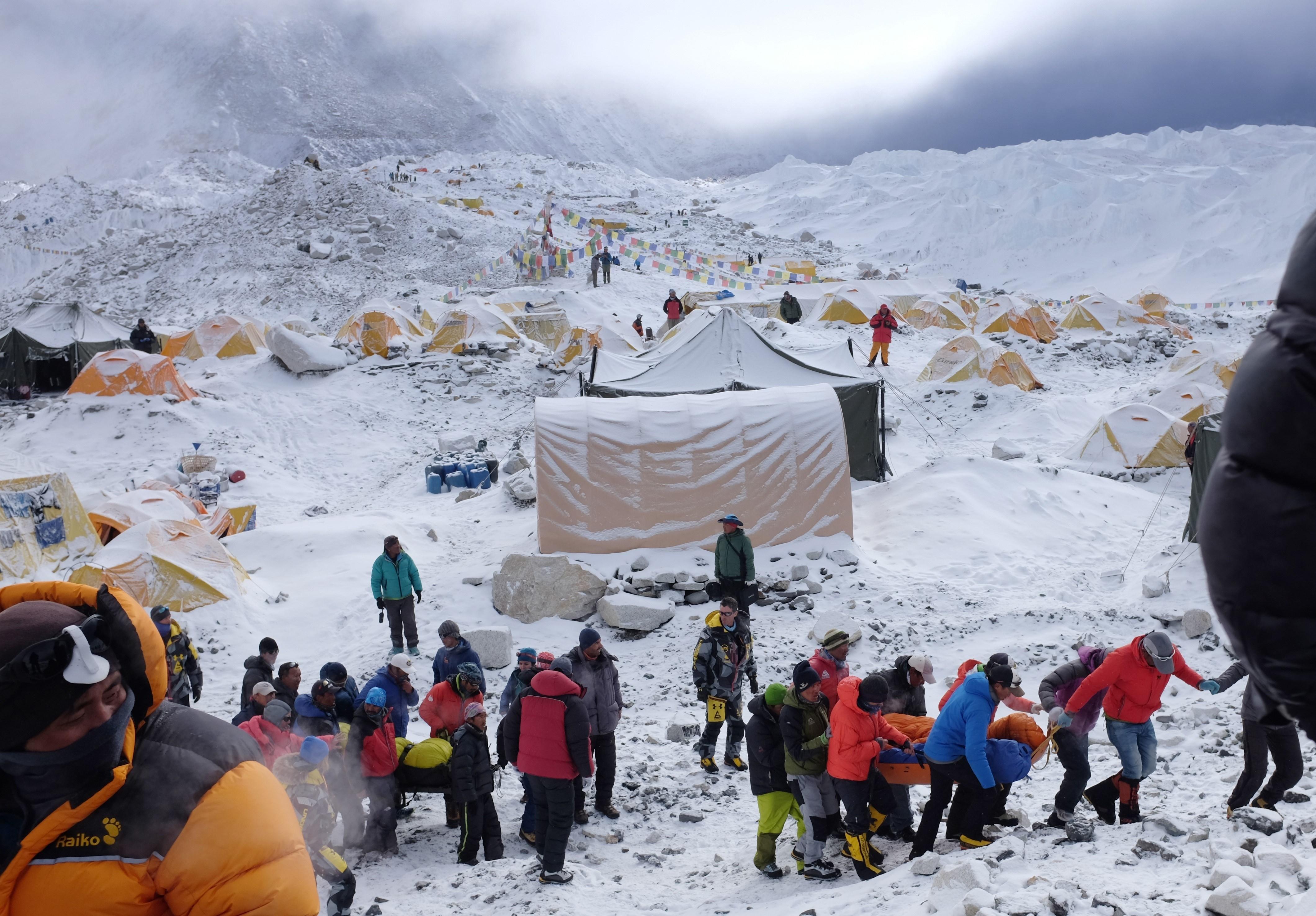 nepal 2015 avalanche