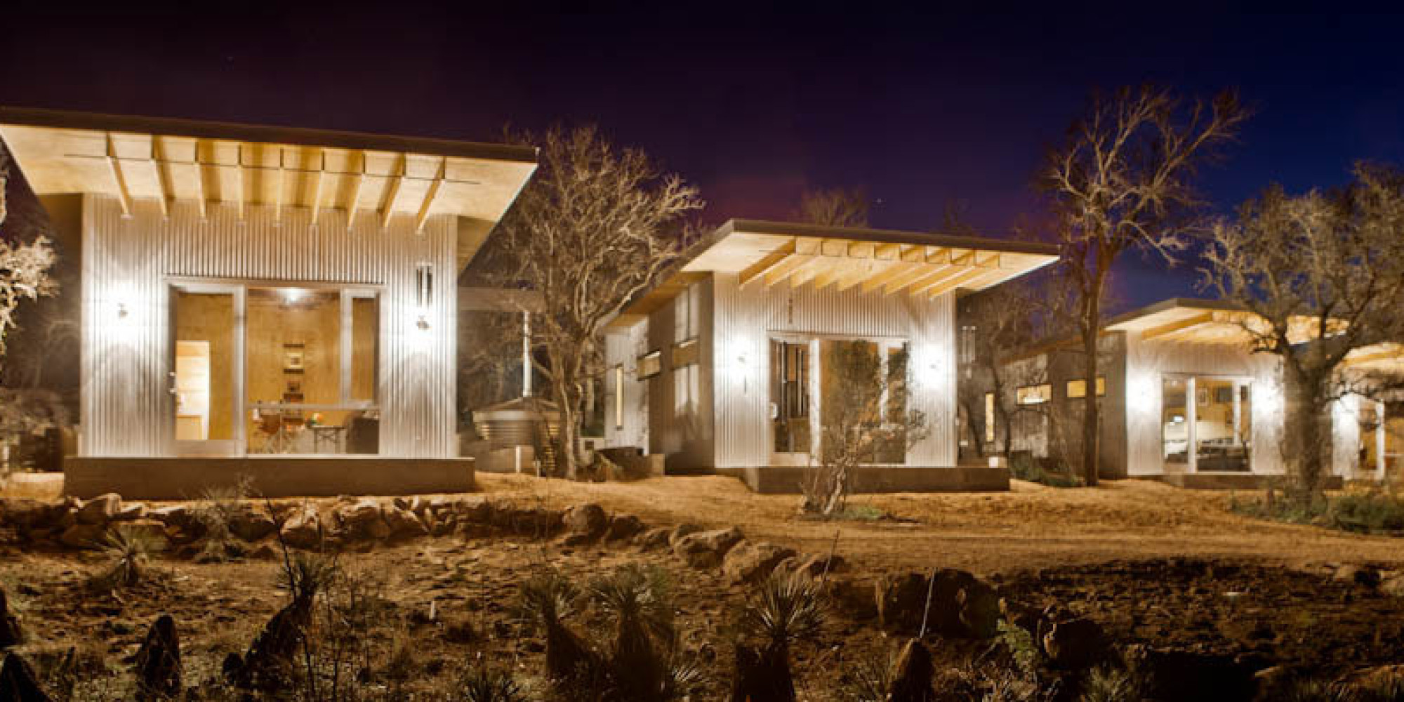 4 families built their own ranch made of tiny houses and its brilliant